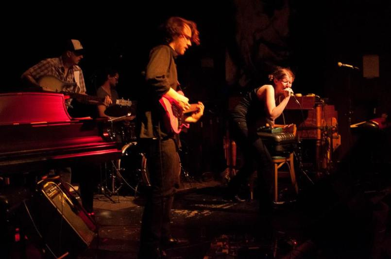 crystal beth & the boom boom band royal room_steve kennedy williams